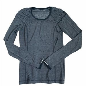 Lululemon Fitted Long Sleeve dark grey